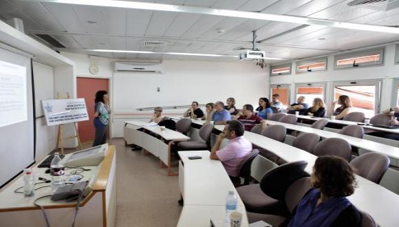 Prof. Ann Majchrzak at her lecture
